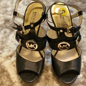 🌟MK high heel Sandals 🌟